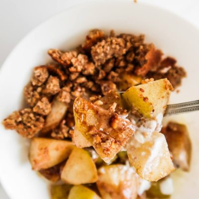 15-Minute Healthy Pear Crumble