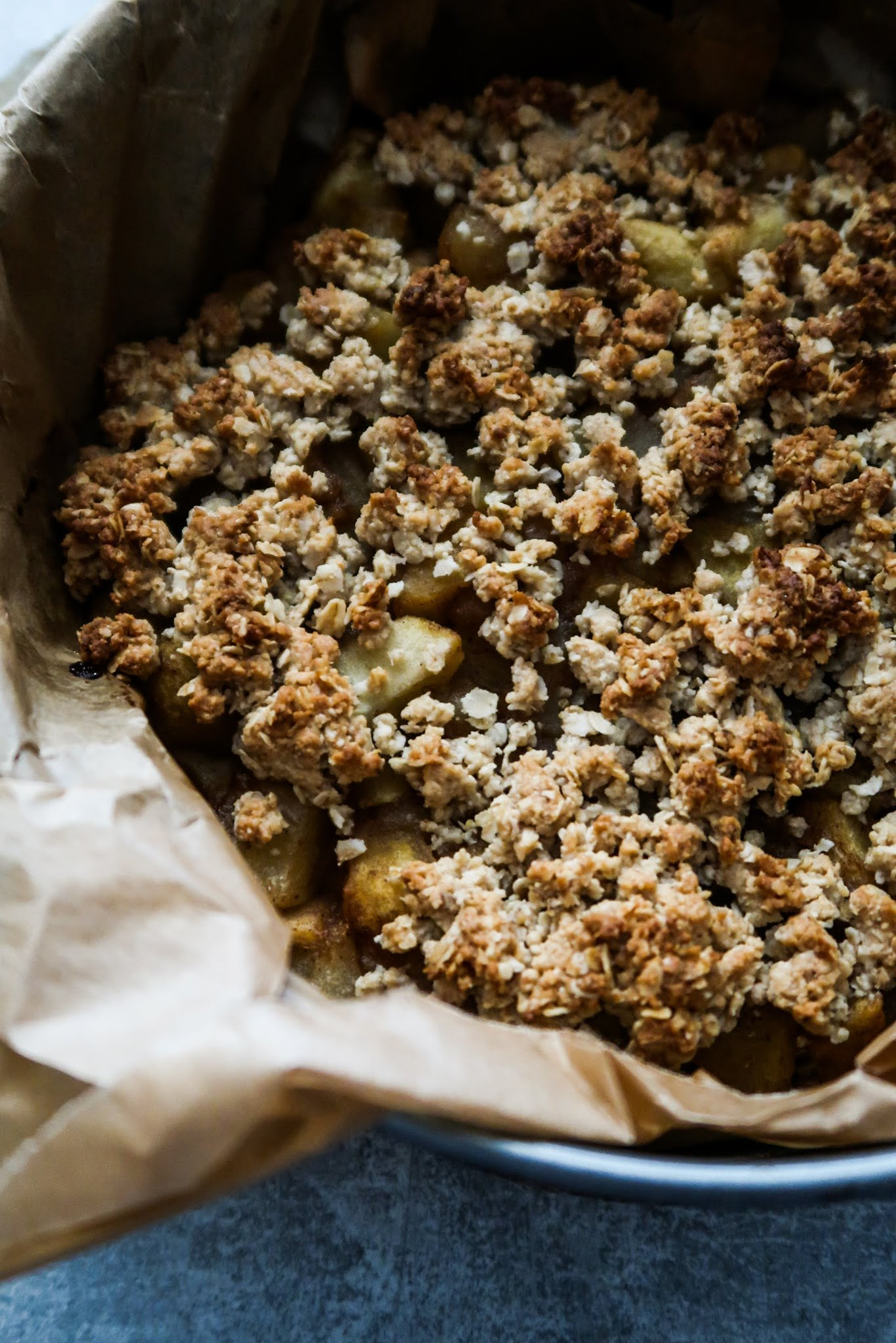 Easy apple crumble pie - healthy dessert ideas
