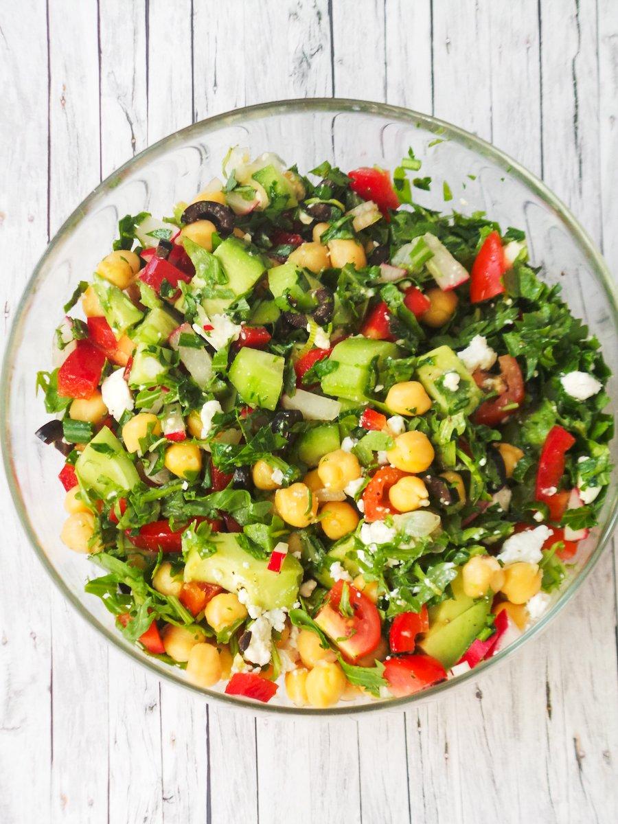 easy avocado chickpea salad
