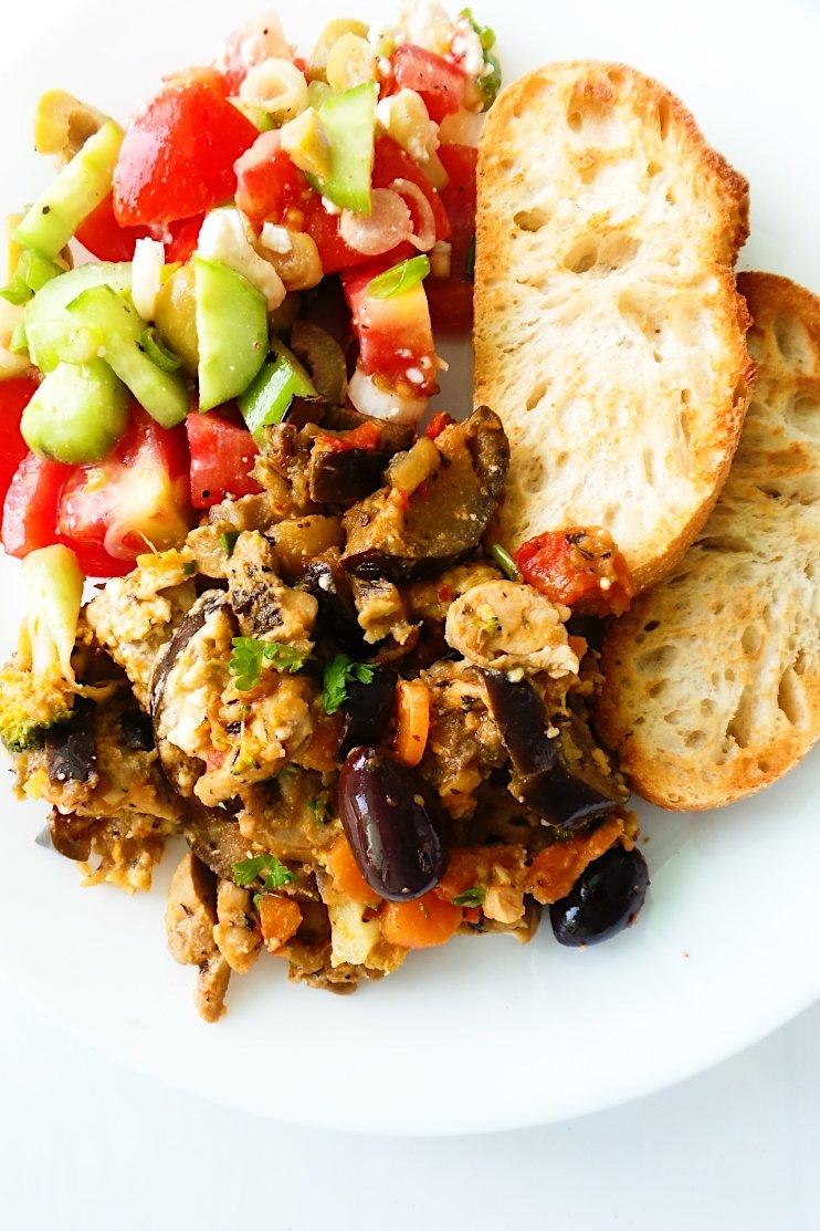 Mediterranean chicken skillet recipe
