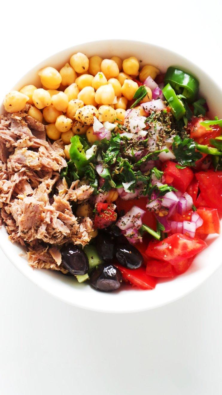 Mediterranean chickpea tuna salad